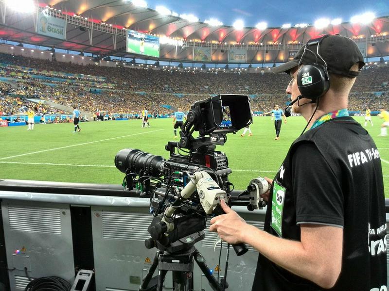 Ce meciuri de fotbal live sunt la TV