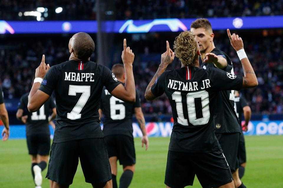 Kylian Mbappe și Neymar, jucători la PSG, în Ligue 1